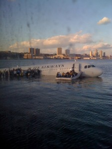 Photo of US Airways successful emergency landing on Hudson River taken by Janis Krum with a cell phone.