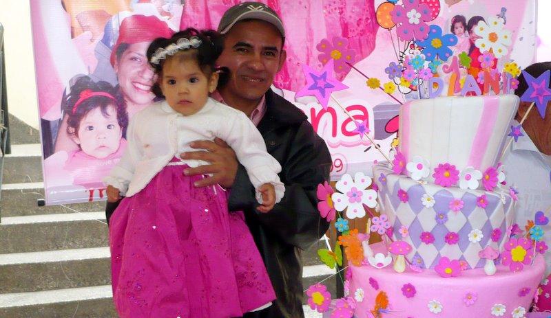 Juan Jose Villanueva (Jan 7, 1972) has a daughter Diana who just turned 1 on Sep 22.